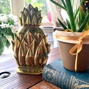 Virginia MetalCrafters Brass Pineapple Book End